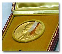 ノーベル賞・金メダル